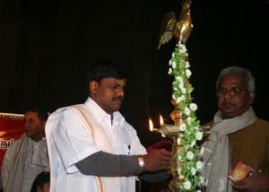 மலேசிய பிரதிநிதி திருமாவளவன்